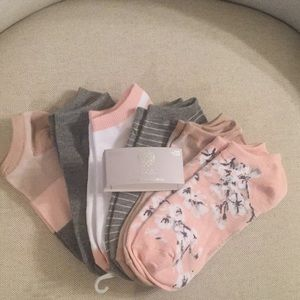 Vince Camuto 6 Pack Socks NEW
